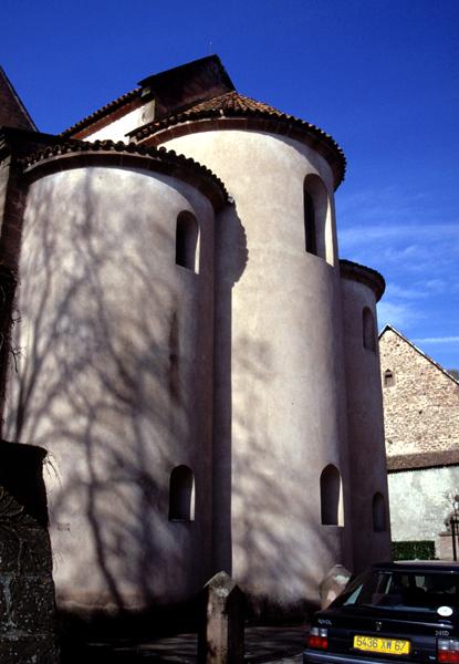 Neuwiller les Saverne: l'abbatiale Saints-Pierre-et-Paul: le chevet roman