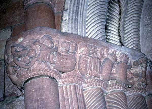 Lautenbach: sculptures du piédroit du portail