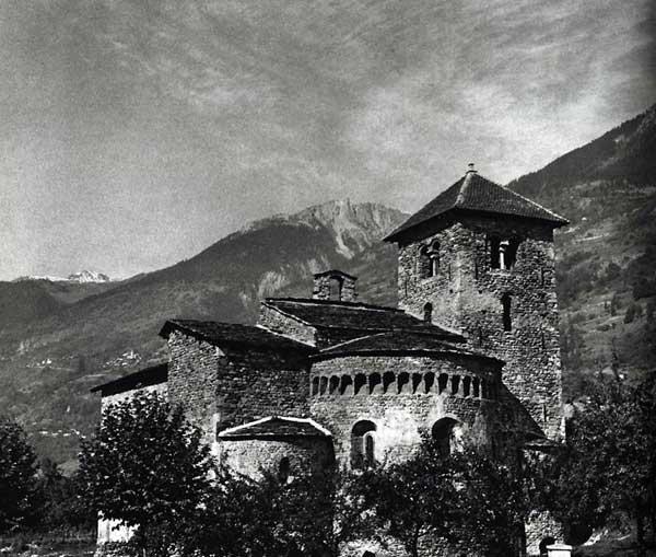 Aime en Savoie, la basilique saint Martin, construite en style lombard au début du XIè siècle