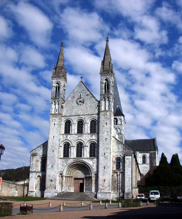 Saint Martin de Boscherville: l'abbatiale Saint Georges. Façade