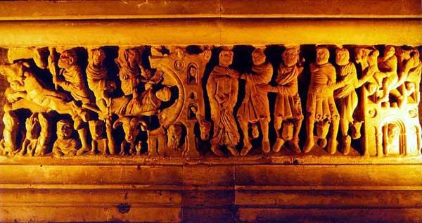 Cabestany (Pyrénées Orientales): linteau de l'église, par le maître de saint Hilaire