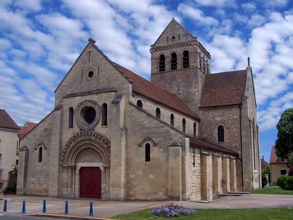 Gassicourt (Yvelines)�: �glise, ancienne chapelle du Prieur� b�n�dictin de Saint-Sulpice