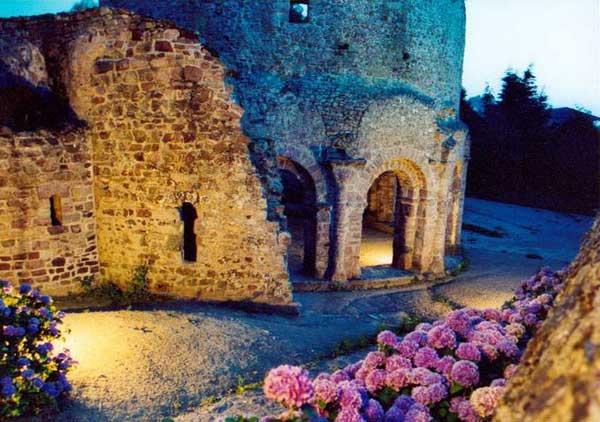 Lanleff: le sanctuaire dit «le temple». XIè siècle