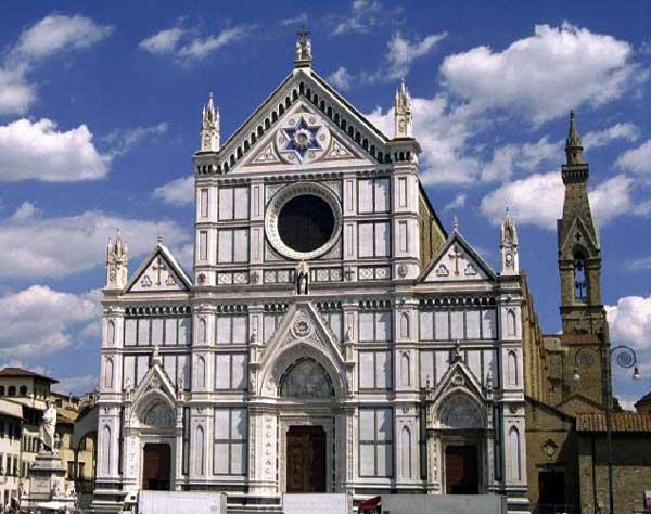Florence: Santa Croce. Œuvre de l'architecte Arnolfo di Cambio