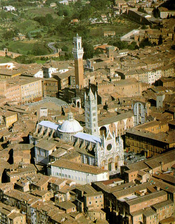 Sienne:le Duomo et le Palazzo Pubblico