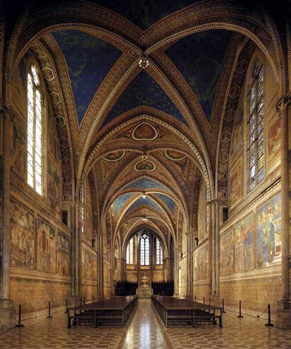 Giotto : Assise, église supérieure Saint François: vue de l'intérieur