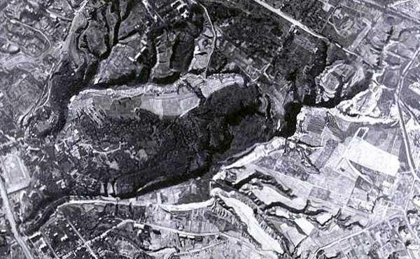 Babi-Yar, près de Kiev: le ravin de la mort… Vue aérienne