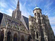Vienne, la cathédrale saint Etienne. Flanc sud