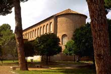 Rome: basilique sainte Sabine (422-432)