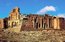 Ererouk en Arménie: la basilique vue du sud-ouest