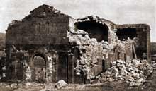 Tékor en Arménie: l'église saint Sargis après le tremblement de terre de 1912