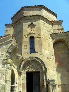 Jvari en Géorgie à Mtskheta: le monastère. L'entrée