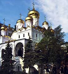 Moscou : cathédrale de l'Annonciation (Influence de Sainte Sophie de Kiev). 1484-1490