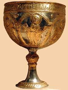 Byzance: calice. Argent et dorures. VIè. New York Metropolitan Museum