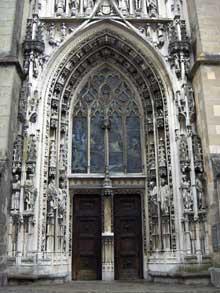 Lausanne, la cathédrale. Portail