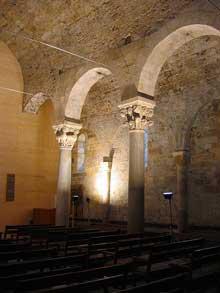 Grandson (Vaud): saint Jean Baptiste. La nef