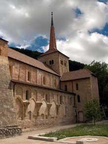 Romainmôtier: vue générale de l'abbatiale