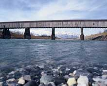 Vaduz-Sevelen: le pont de bois sur le Rhin entre Suisse et Lichtenstein