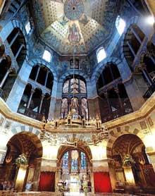Aix la Chapelle: l'intérieur de l'octogone de la chapelle palatine