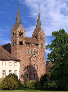Corvey (Rhénanie-Westphalie): la façade occidentale ou «Westwerk» de l'abbatiale bénédictine.