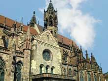 Fribourg en Brisgau. La cathédrale. Arcs boutants