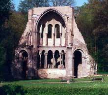 Abbatiale d'Heisterbach. Ruines du chœur