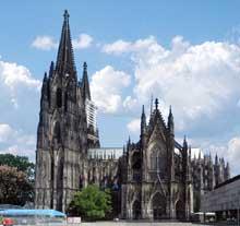 Cologne, le Dôme. Vue générale côté sud
