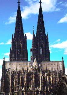 Cologne, le Dôme. Chevet et transept