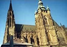 Prague: le dôme saint Vit. Vue du côté sud