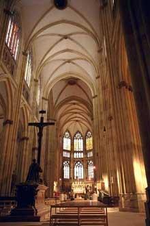 Ratisbonne – Regensburg: le dôme saint Pierre. La nef