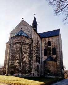 Gernrode: l'église saint Cyriaque. 961s. Art Ottonien. Le massif oriental et l'abside
