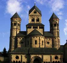 Eglise de Maria Laach : le massif occidental