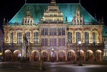 Brême: la façade de l'hôtel de ville
