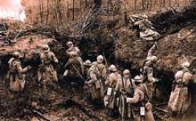Quelque part dans les Vosges, combats à la grenade dans les tranchées