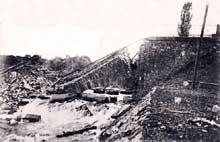 Le Pont d'Aspach en août 1914 après la première offensive française sur Mulhouse