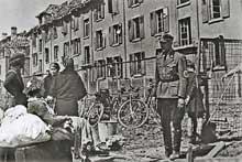 Mai et août 1944: bombardements de Mulhouse par les Alliés. Avant les combats de la Libération, l