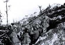 Quelque part sur le front en 1943 au sud de Leningrad: des Malgré Nous alsaciens.