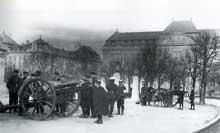Symbole de la puissance impériale et guerrière de l'occupant prussien, le «Kaiserplatz» (Actuelle place de la République) et le Palais Impérial