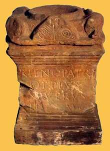 La stèle au «Père Rhin» d'Oppius Severus. Strasbourg, musée Archéologique
