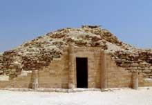 Saqqara: l'ensemble funéraire de Djoser. La maison du Sud. (Site Egypte antique)