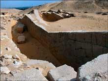 La pyramide d'Ounas à Saqqara. La chambre de la barque. (Site Egypte antique)