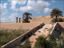 La pyramide d'Ounas à Saqqara. Le temple de la vallée. (Site Egypte antique)