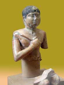 Statue du pharaon Neferefrê Raneferef (2419-2416). Vè dynastie. Musée du Caire.<br>(Histoire de l'Egypte ancienne)