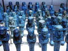 Ushebtis du pharaon PinedjemII, XXIè dynastie. Musée du Louvre. (Histoire de l'Egypte ancienne)