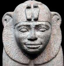 Buste du pharaon Taharqa en sphinx. British Museum. (Histoire de l'Egypte ancienne)