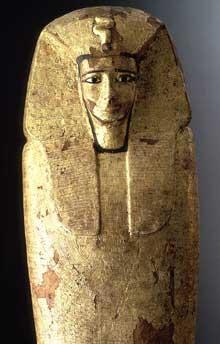 Couvercle du sarcophage du pharaon Antef I, le «réunificateur». XIè dynastie, 2100-2090. (Site Egypte antique)