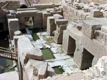 Abydos: le temple funéraire de Séti I, l'Osireion. La grande salle souterraine. (XIXè dynastie, 1294-1279). (Site Egypte antique)