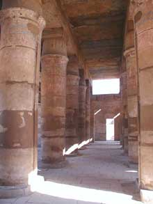 Karnak : le grand temple d'Amon : temple de Thoutmosis III (Site Egypte antique)