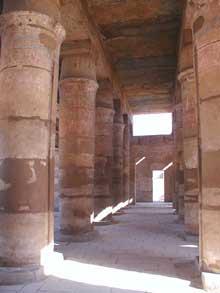 Karnak: le grand temple d'Amon: temple de Thoutmosis III (Site Egypte antique)