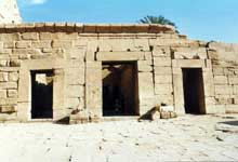 Karnak : le grand temple d'Amon. Le temple de Séti II. (Site Egypte antique)